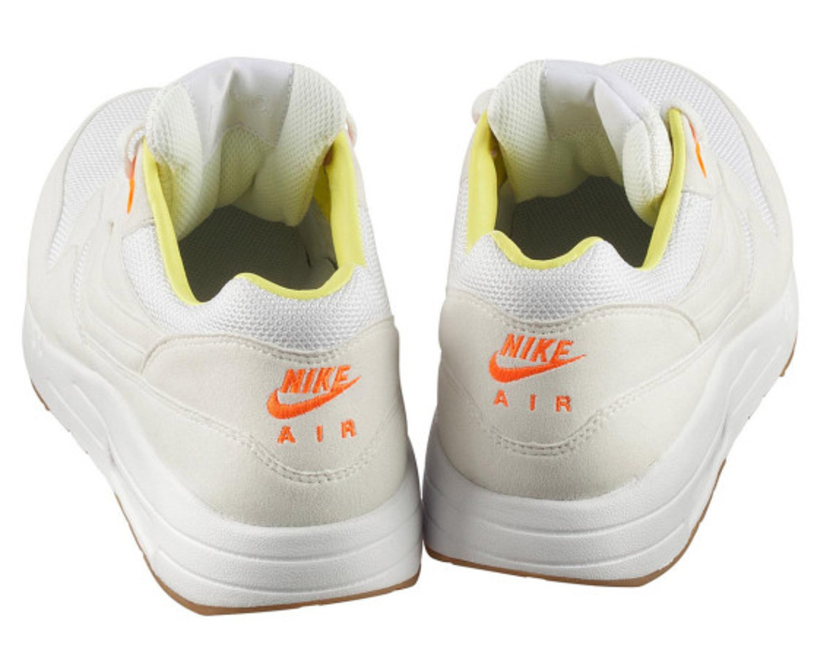 a-p-c-x-nike-air-maxim-1-available-now-06