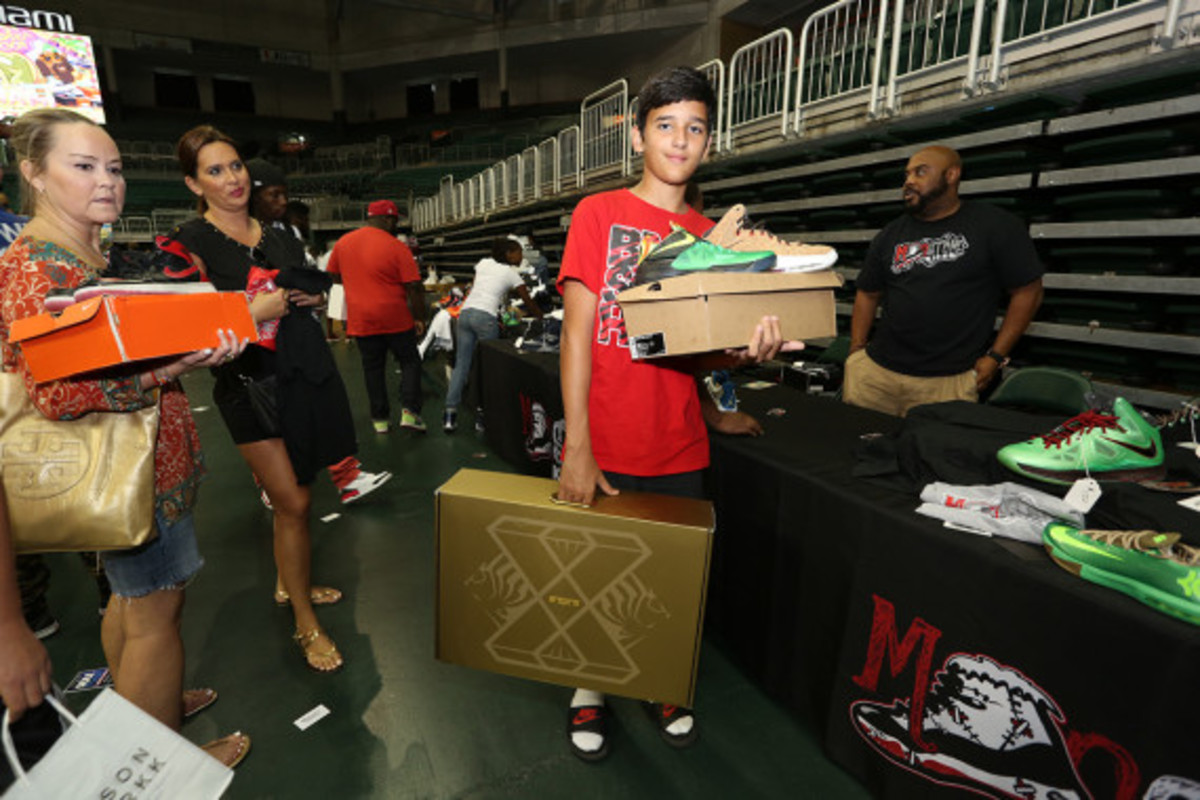 sneaker-con-miami-october-2013-120