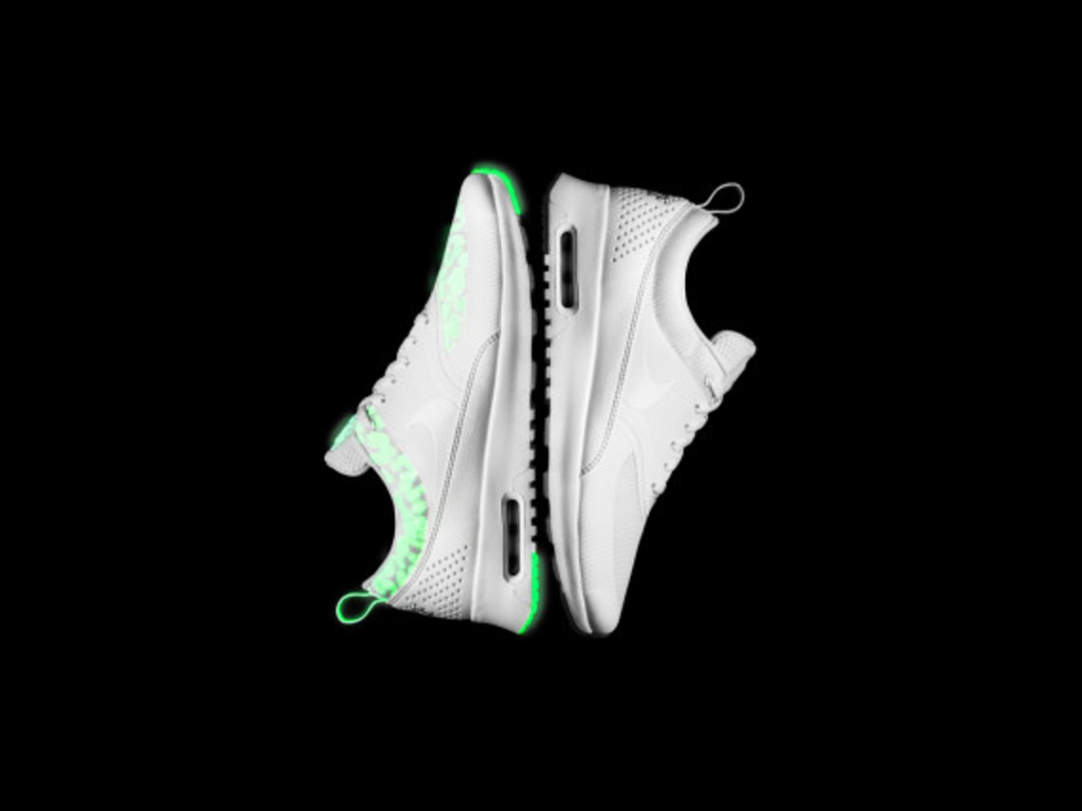 nike-presents-the-air-max-glow-collection-11