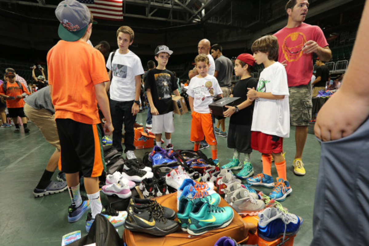 sneaker-con-miami-october-2013-019