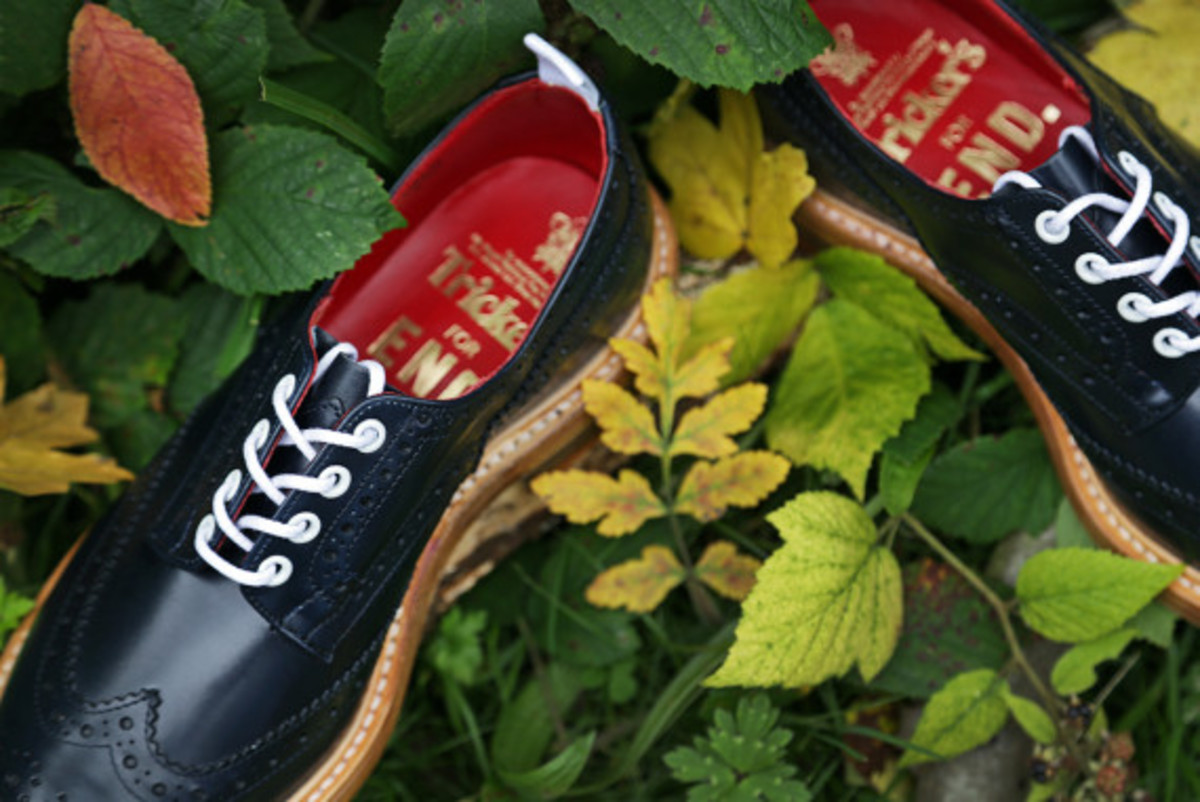 end-x-trickers-bourton-derby-brogue-autumnal-pack-Navy-Aniline-Leather-04
