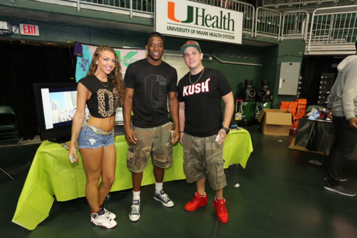 sneaker-con-miami-october-2013-096