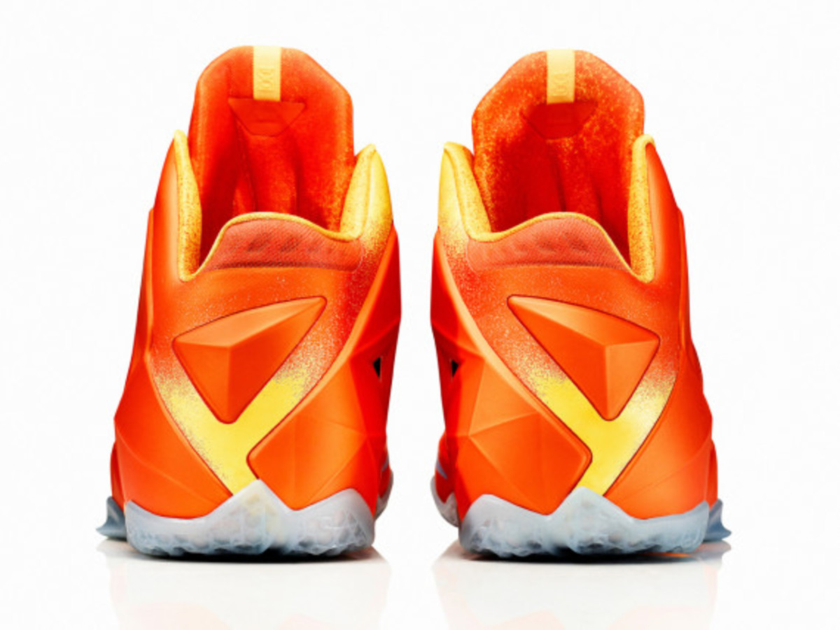 nike-lebron-11-forging-iron-officially-unveiled-08