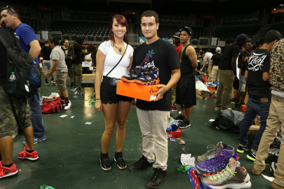 sneaker-con-miami-october-2013-105