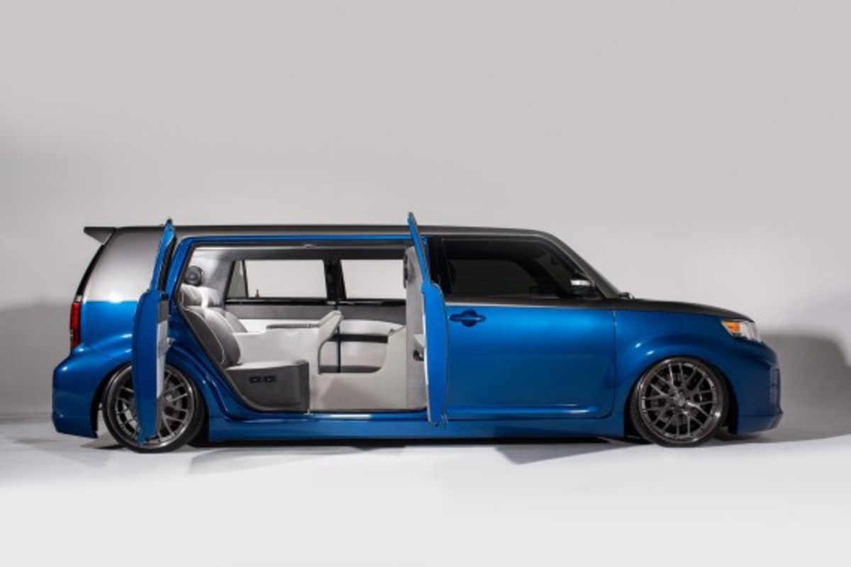 scion-fr-s-and-xb-stretch-limo-concepts-28