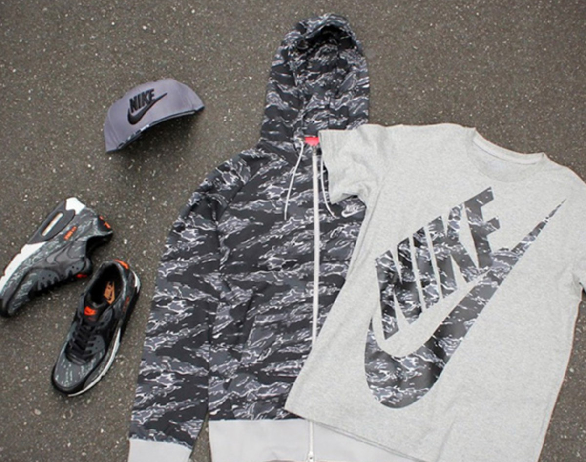 atmos-nike-black-tiger-camo-pack-01