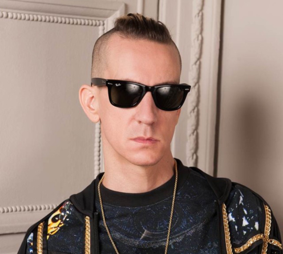 jeremy-scott-named-creative-director-at-moschino-01