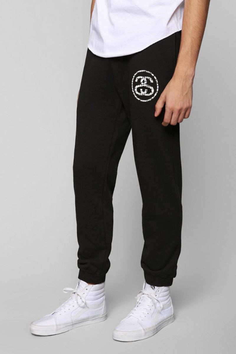 stussy-croc-sweatpants-urban-outfitters-exclusive-02