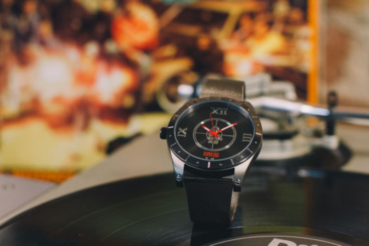 public-enemy-flud-watches-collection-02