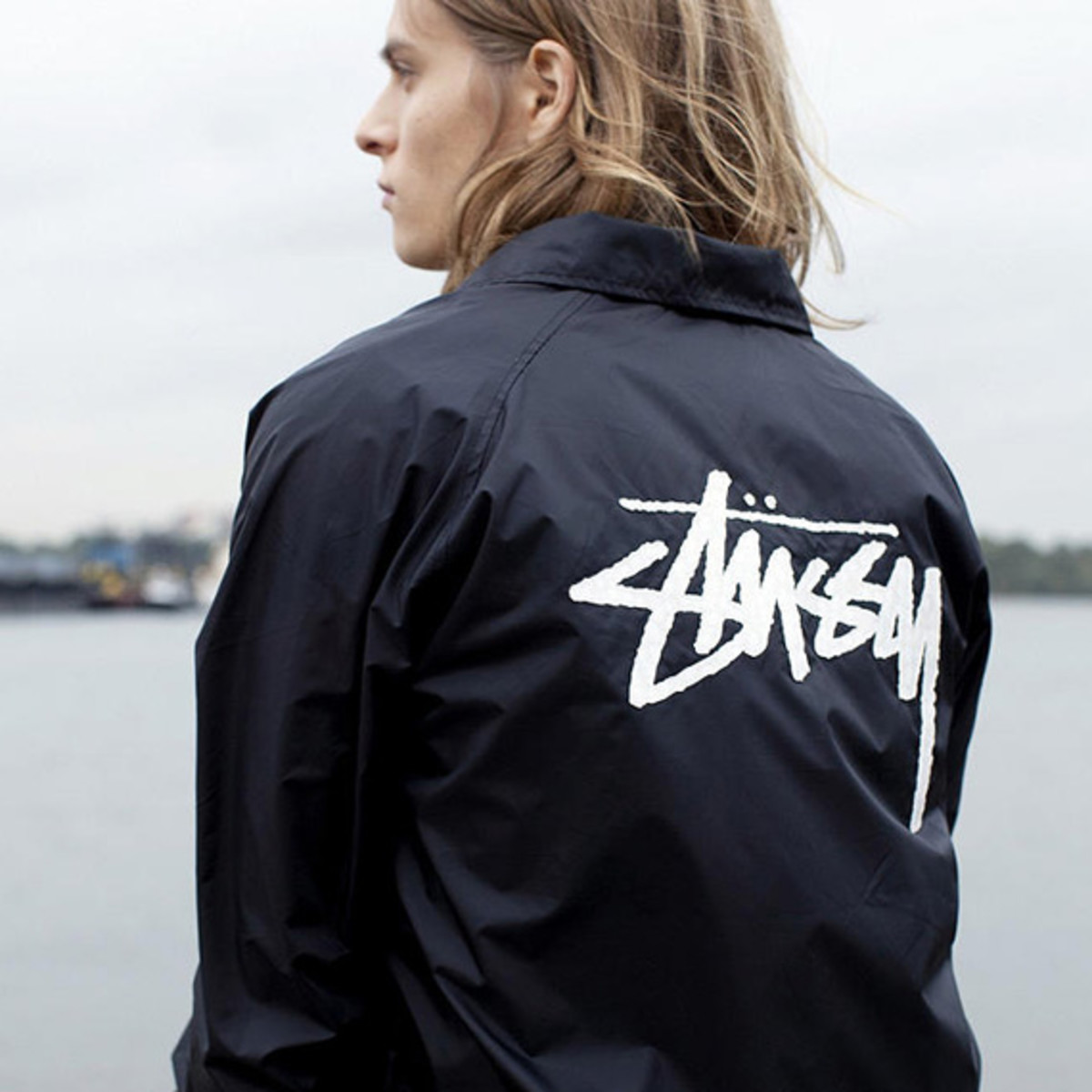 stussy-croc-collection-urban-outfitters-exclusive-01
