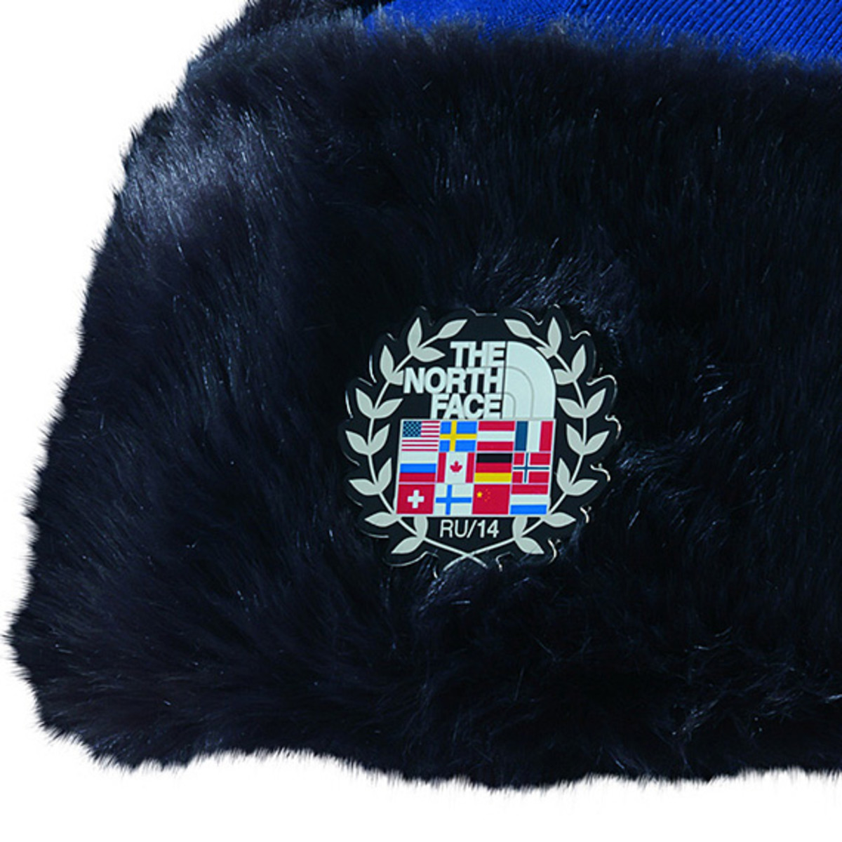the-north-face-2014-winter-olympics-sochi-team-usa-villagewear-collection-accessories-02a