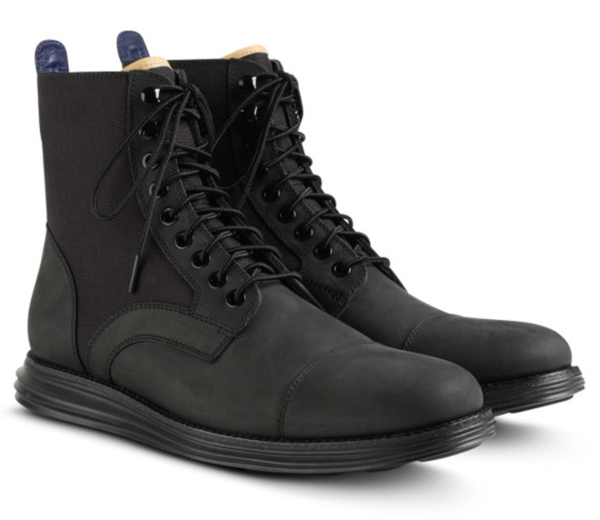 cole-haan-lunargrand-lace-boot-black-02