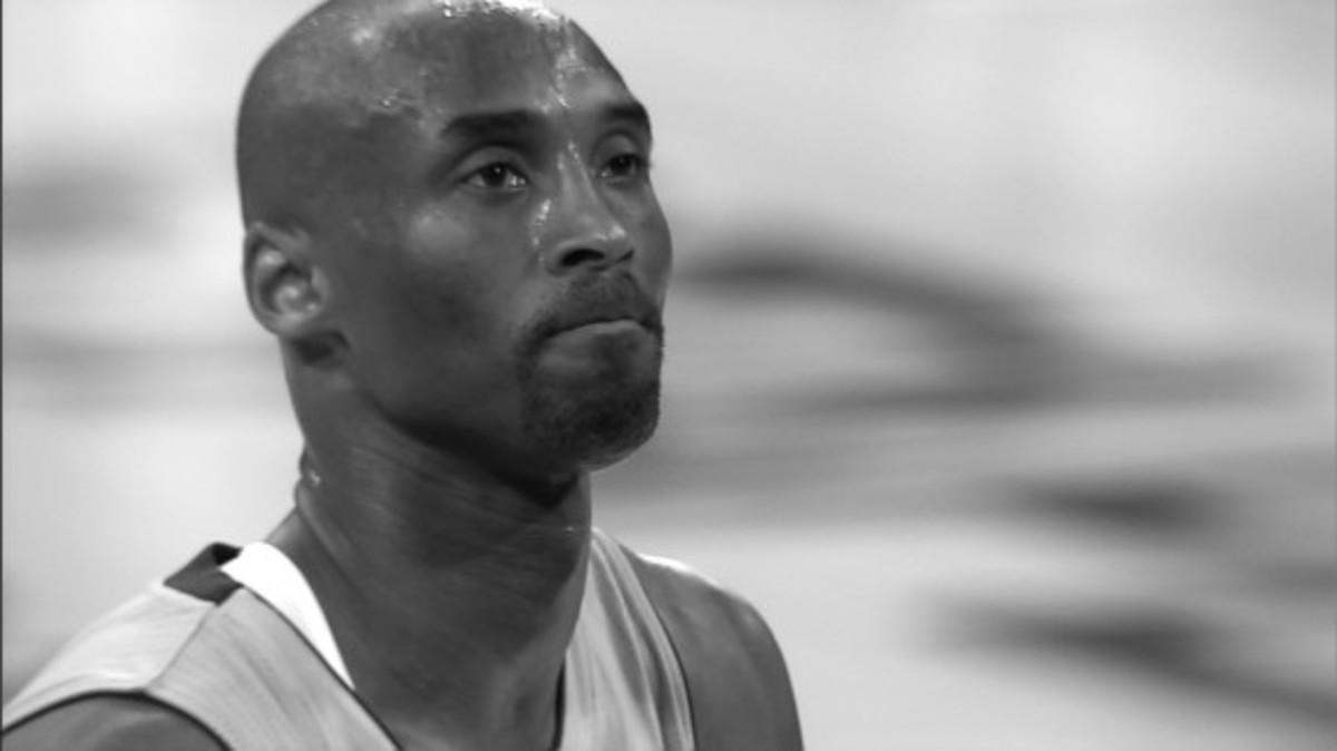 nike-welcomes-kobe-bryant-back-to-the-court-video-04