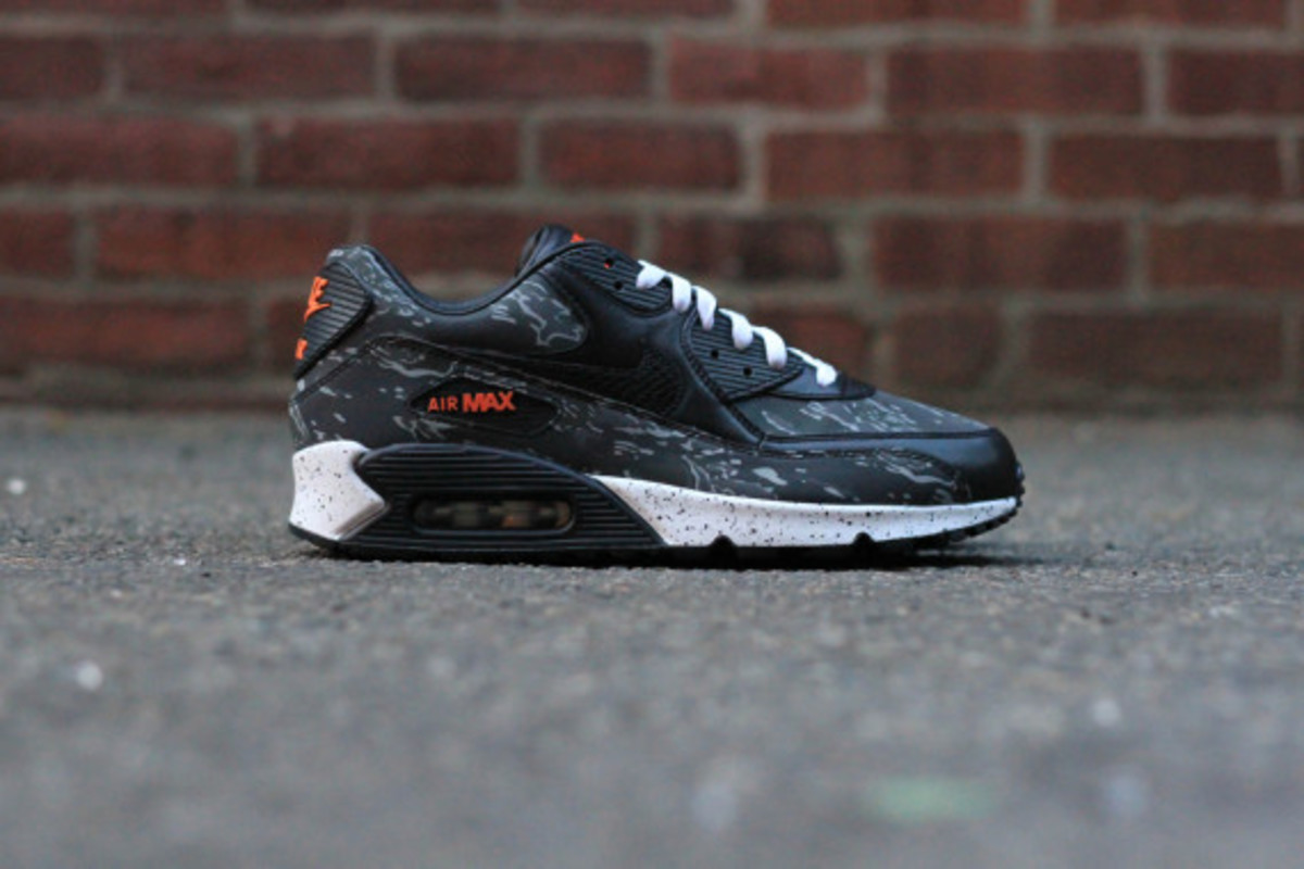 atmos-nike-air-max-90-infrared-camo-and-tiger-camo-release-info-02