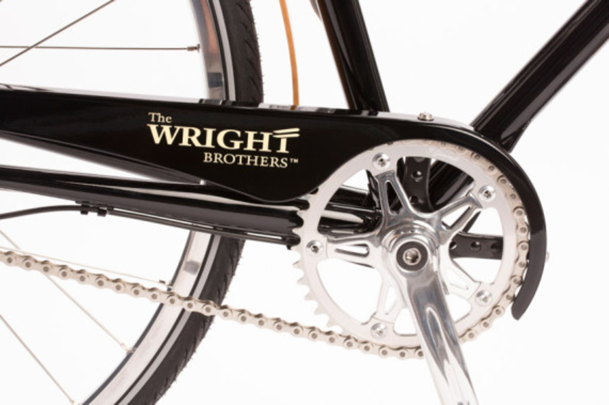 wright-brothers-shinola-great-american-series-limited-edition-watch-and-bicycle-07