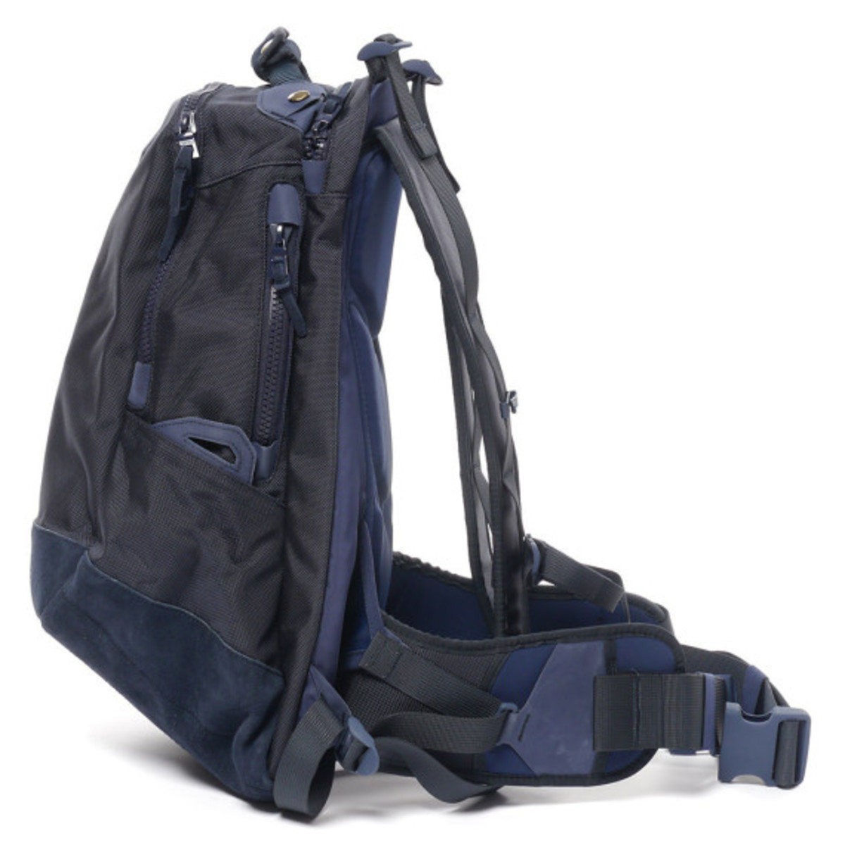 visvim-ballistic-20l-backpack-navy-03