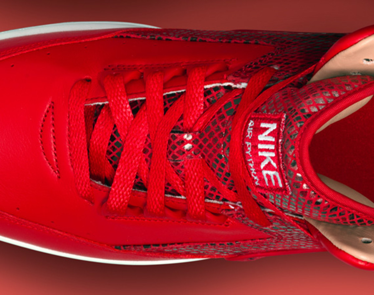 nike-air-python-lux-red-10