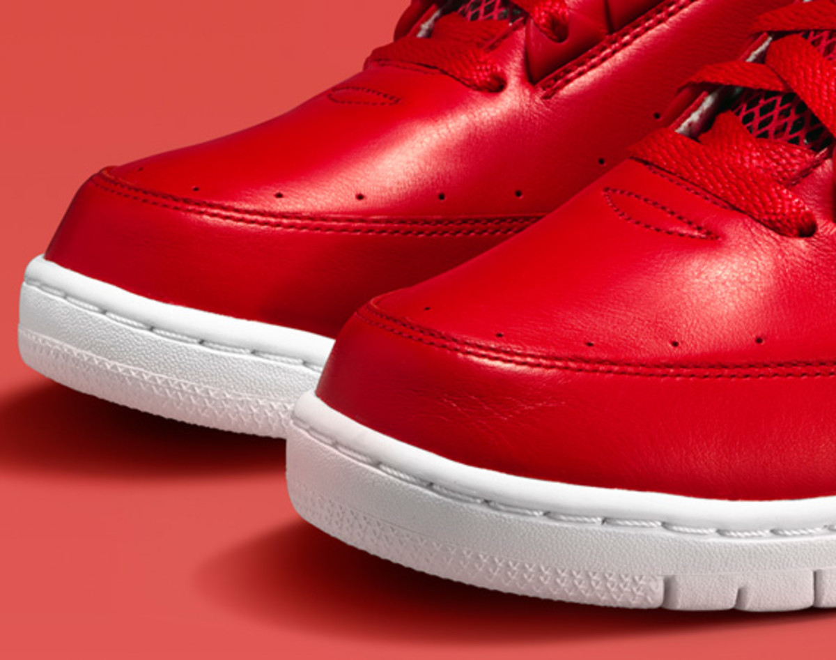 nike-air-python-lux-red-03