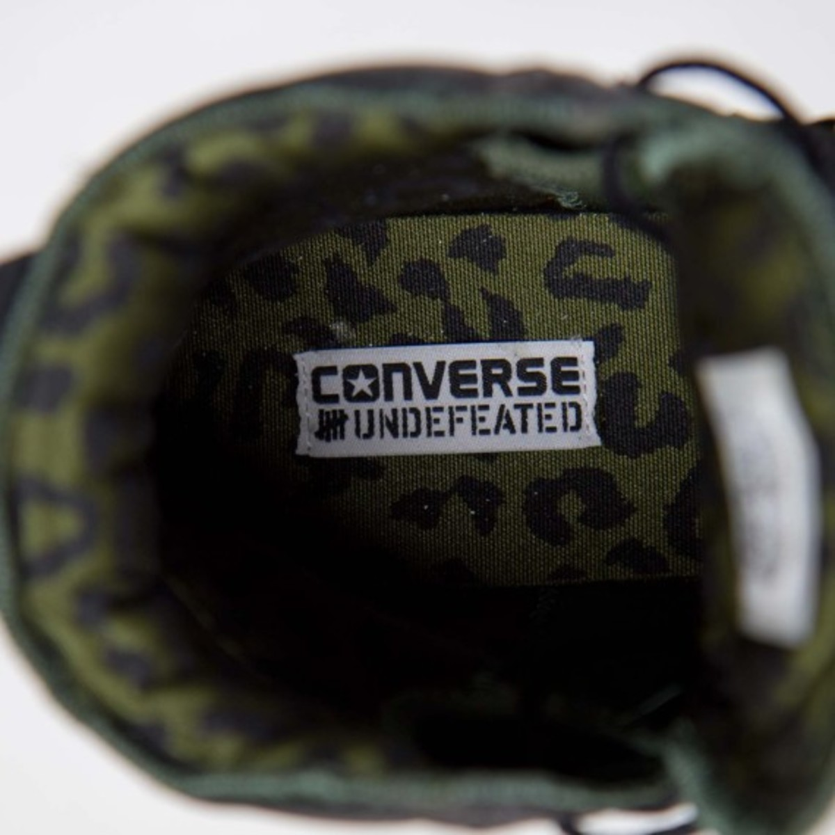 undefeated-converse-pro-field-hi-detailed-look-09