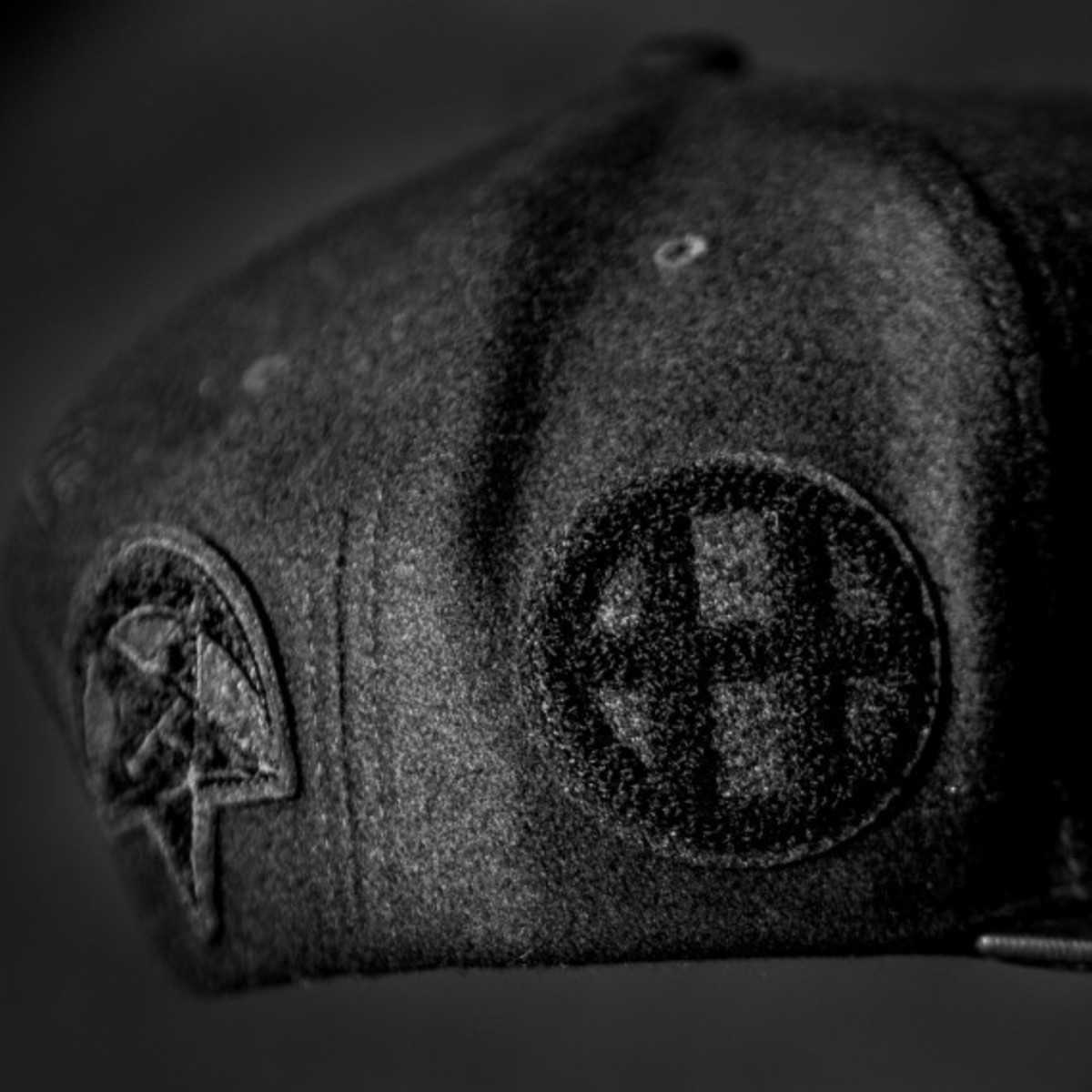 staple-x-huf-x-black-scale-x-10-deep-mitchell-ness-snapback-cap-04