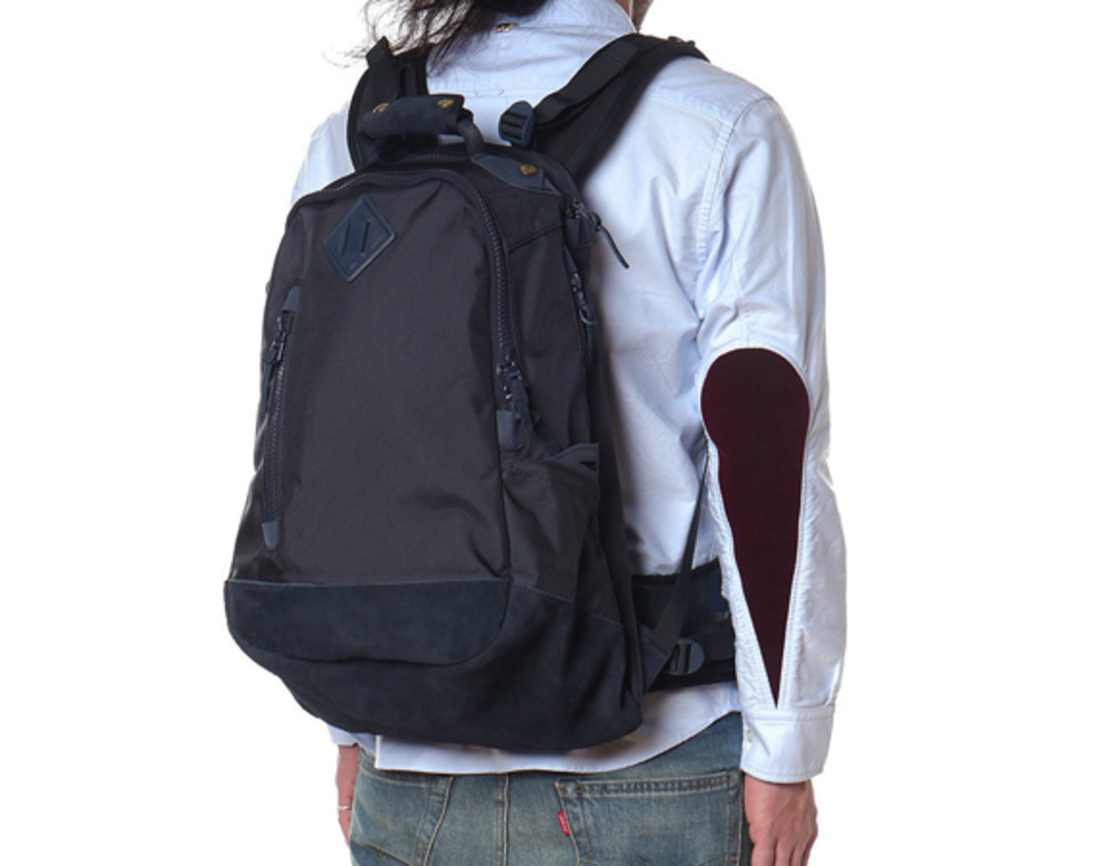 visvim-ballistic-20l-backpack-navy-01