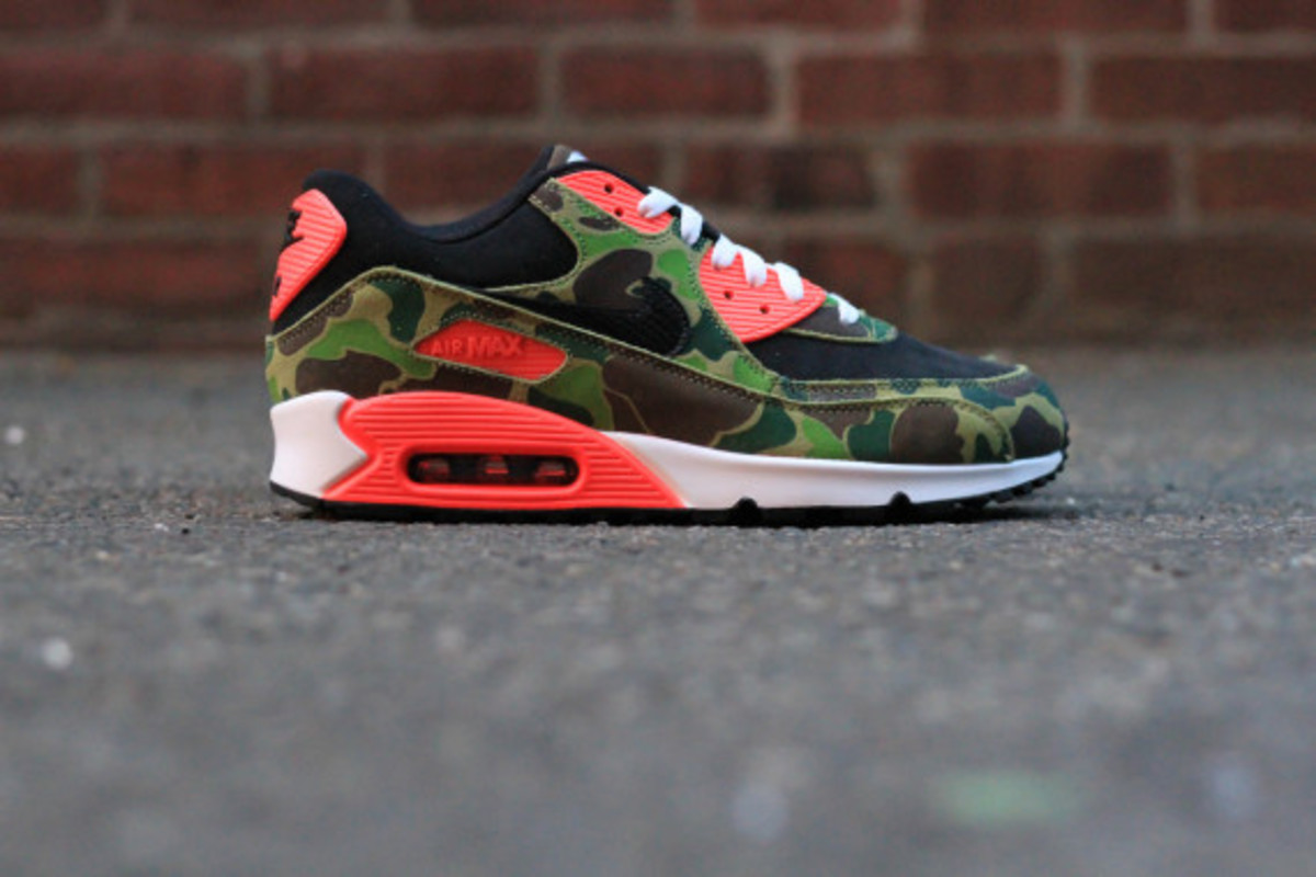 atmos-nike-air-max-90-infrared-camo-and-tiger-camo-release-info-04