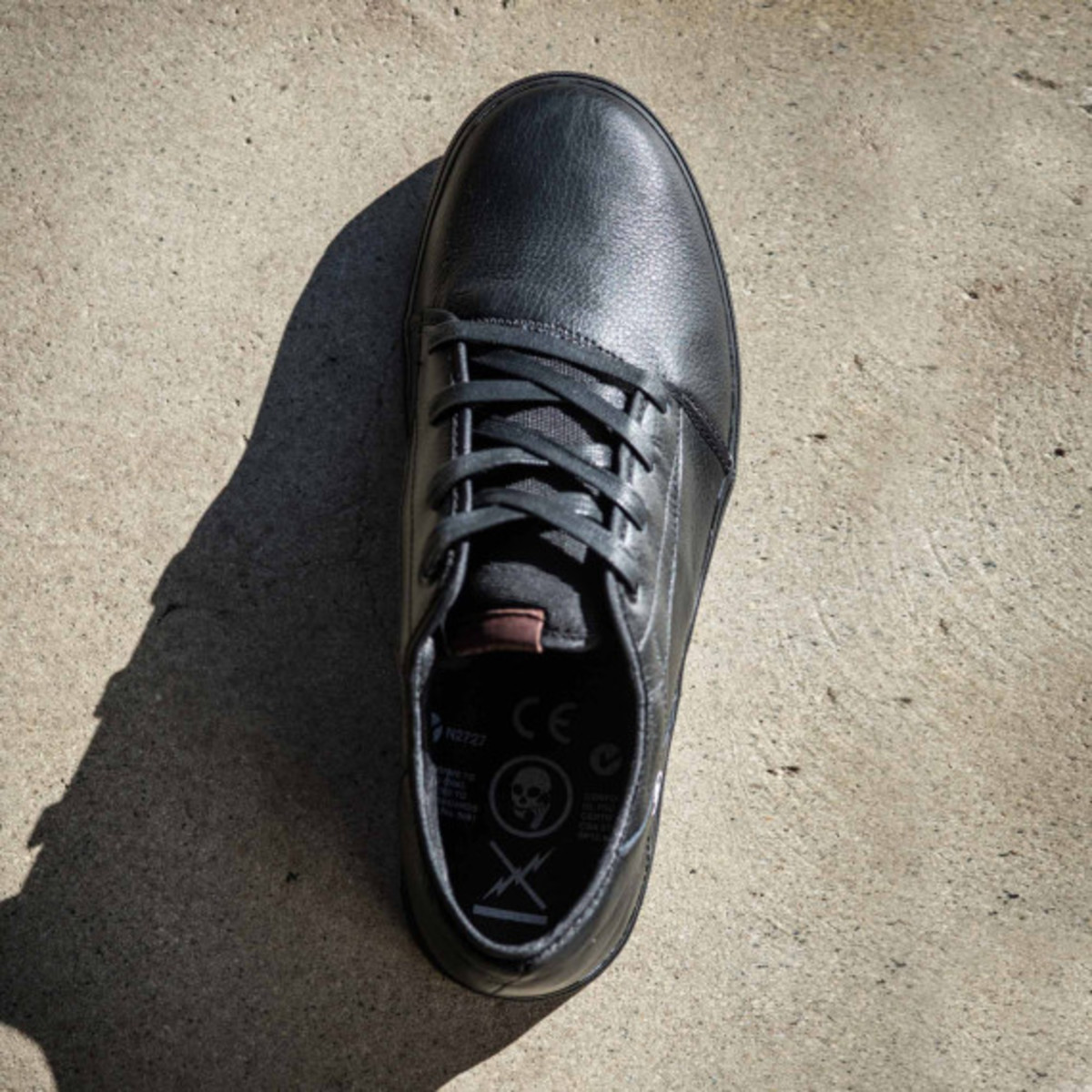 volcom-skullphone-limited-edition-shoe-03