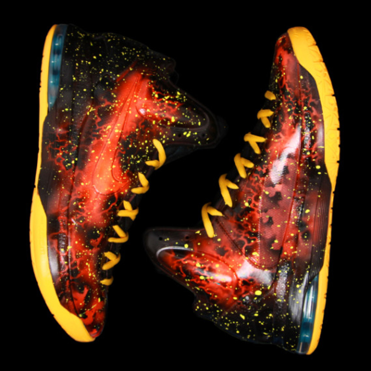 sneaker-con-houston-kickasso-kd-5-heat-advisory-04