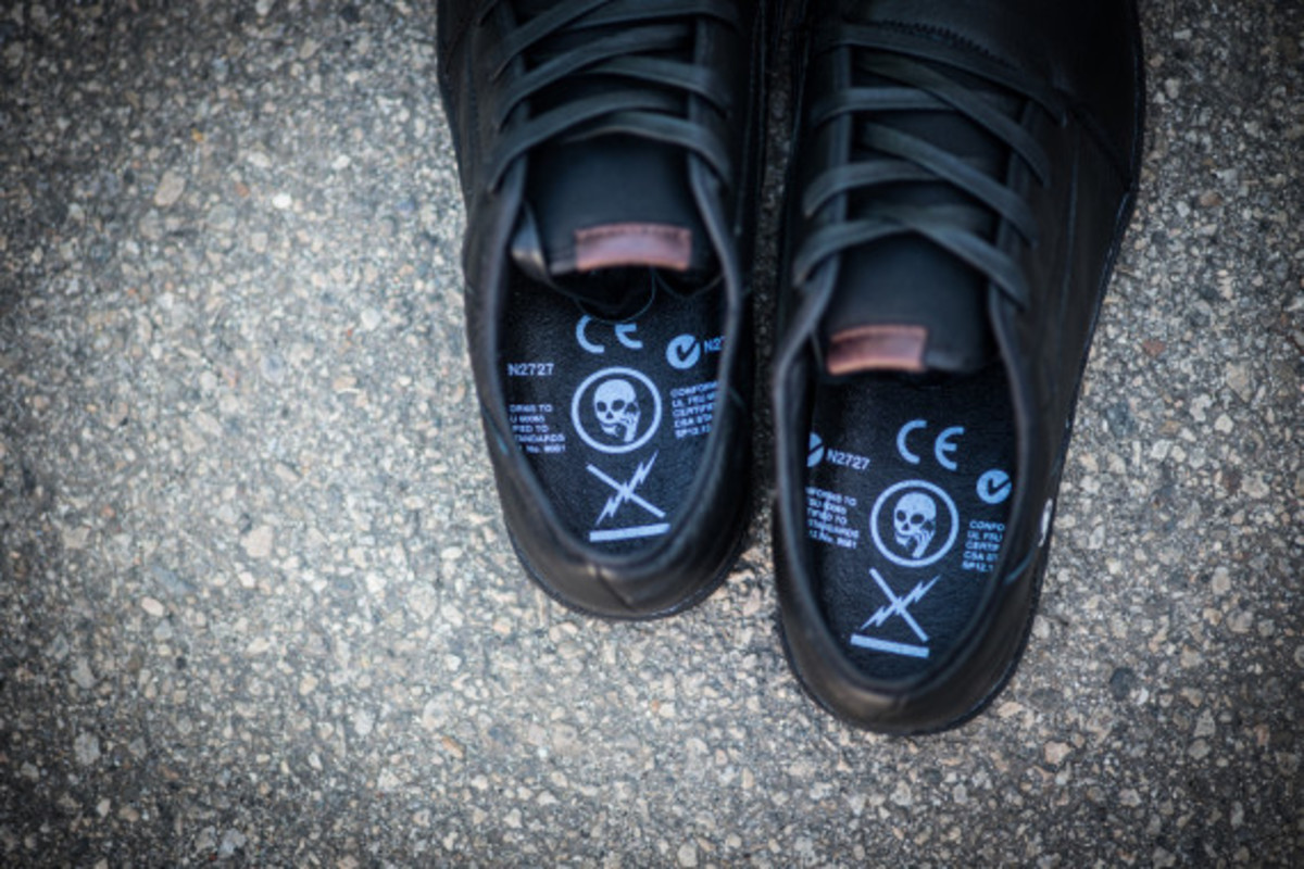 volcom-skullphone-limited-edition-shoe-08