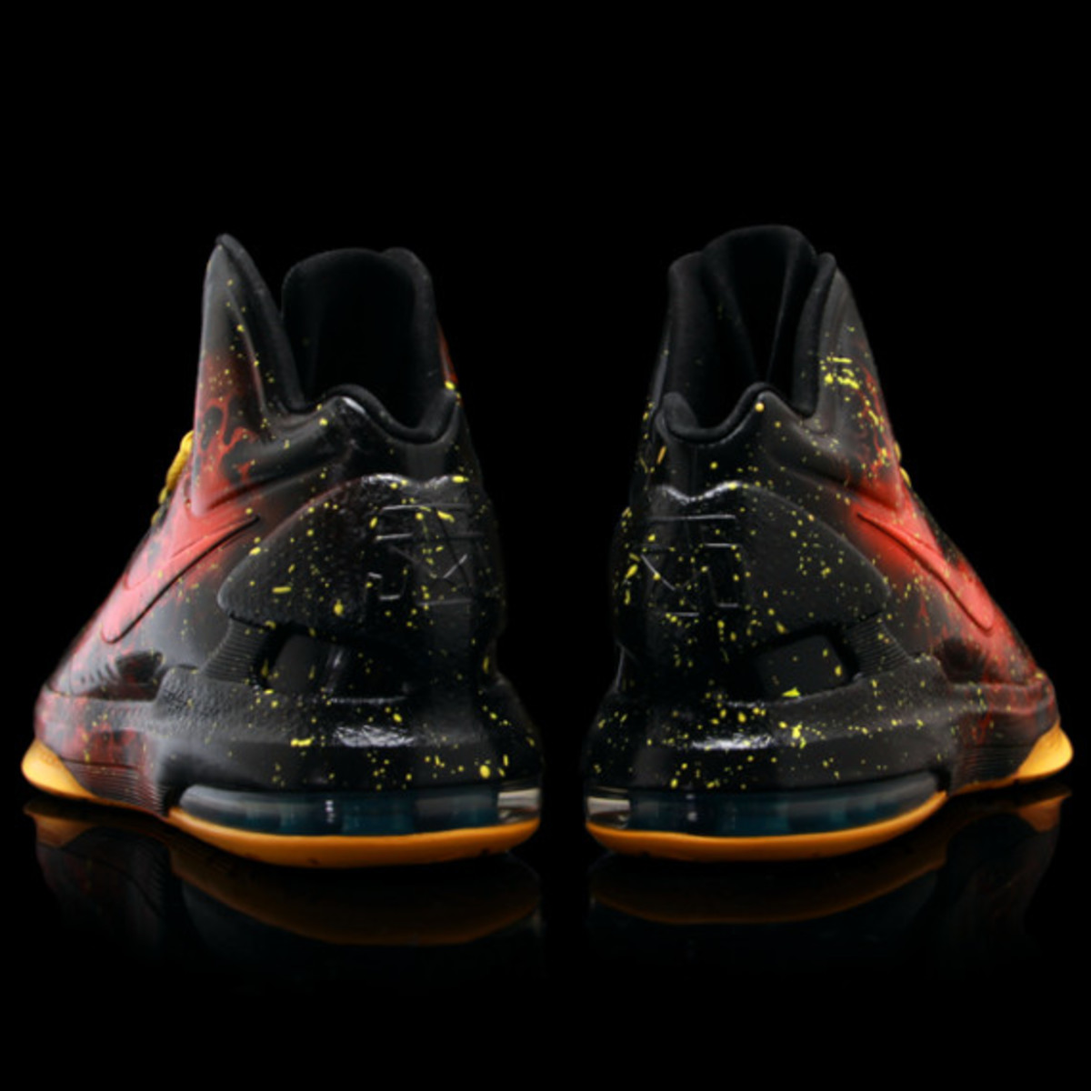sneaker-con-houston-kickasso-kd-5-heat-advisory-03