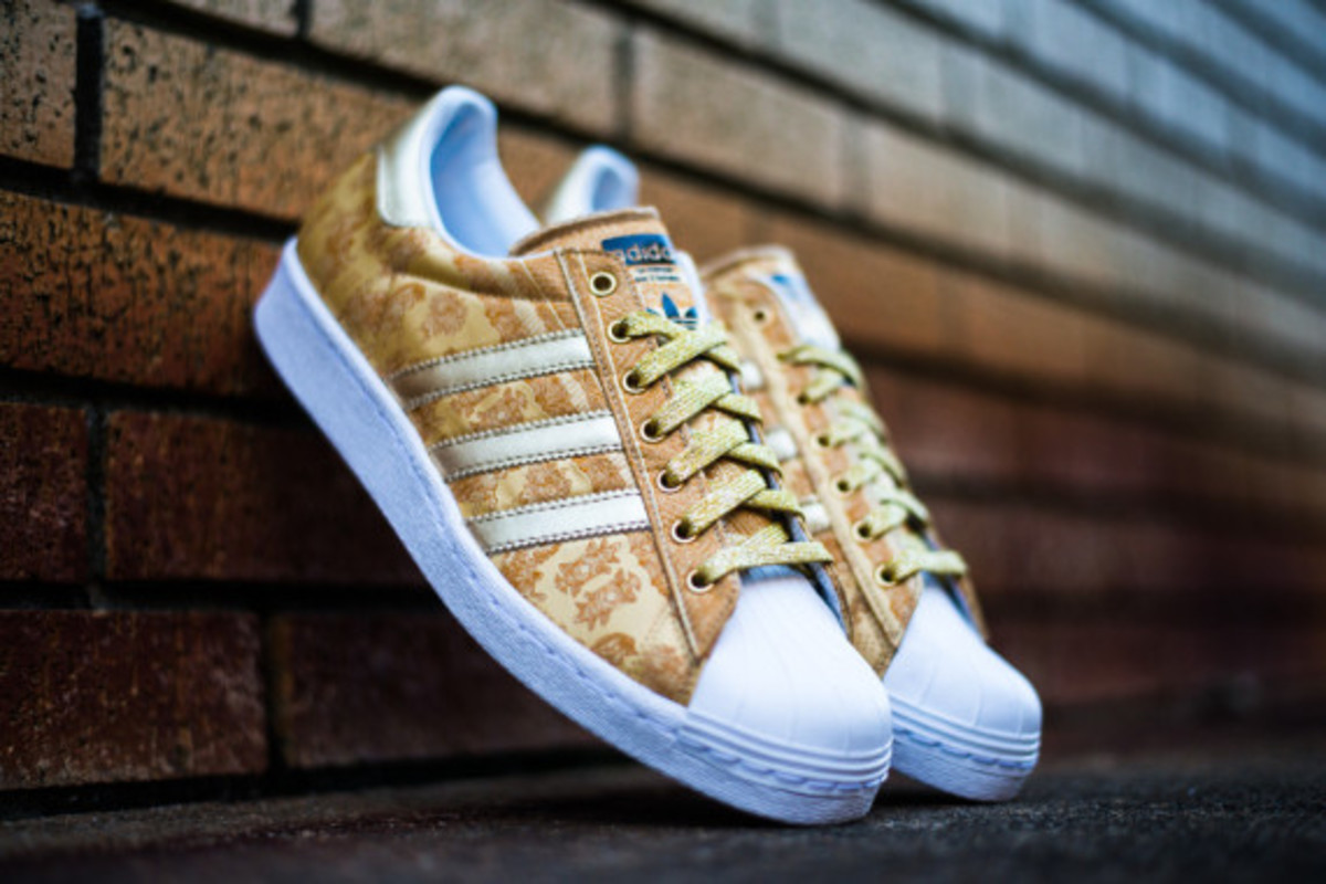 adidas-originals-superstar-80s-year-of-the-horse-05