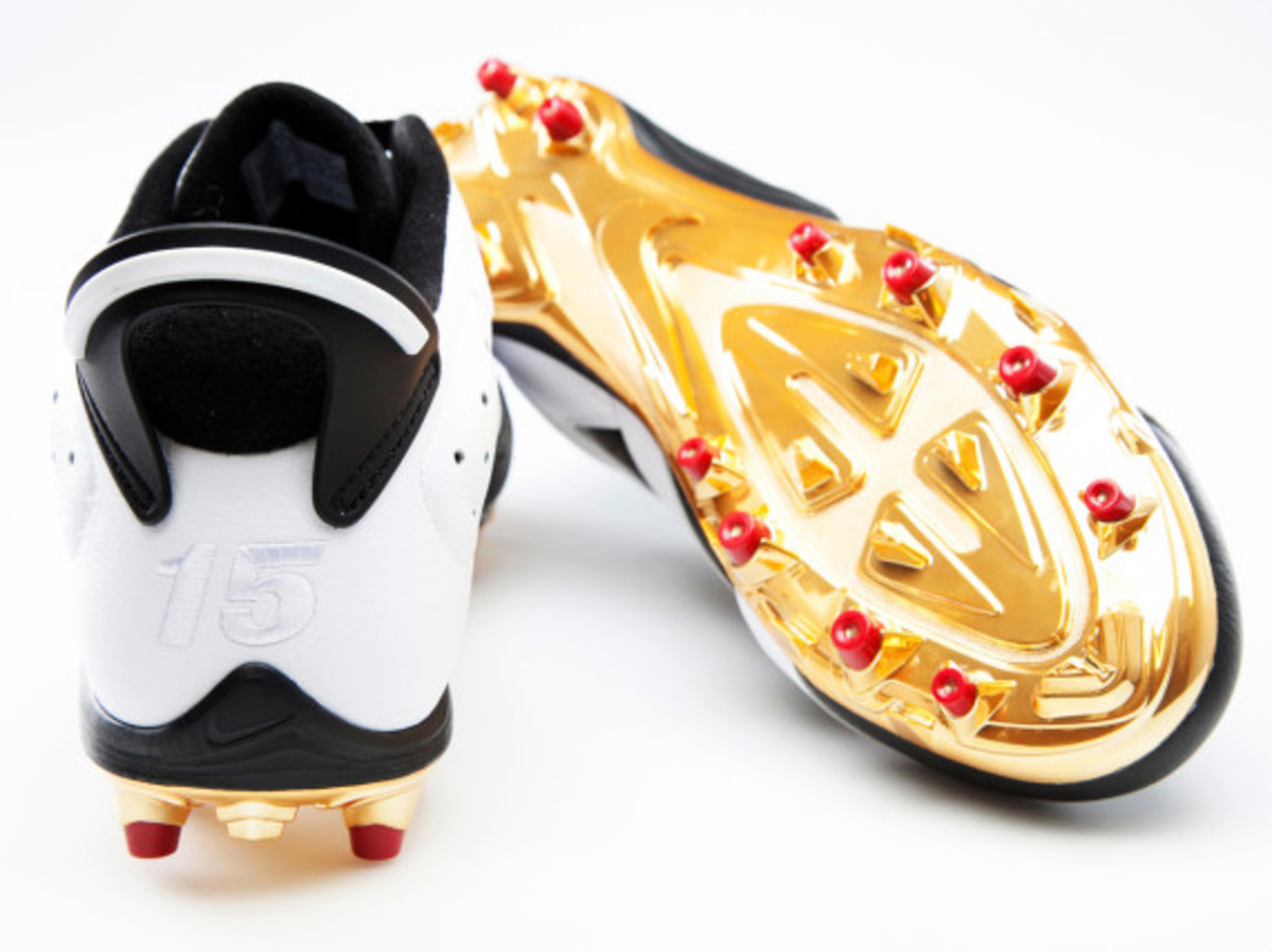 air-jordan-6-cleats-for-michael-crabtree-and-earl-thomas-08