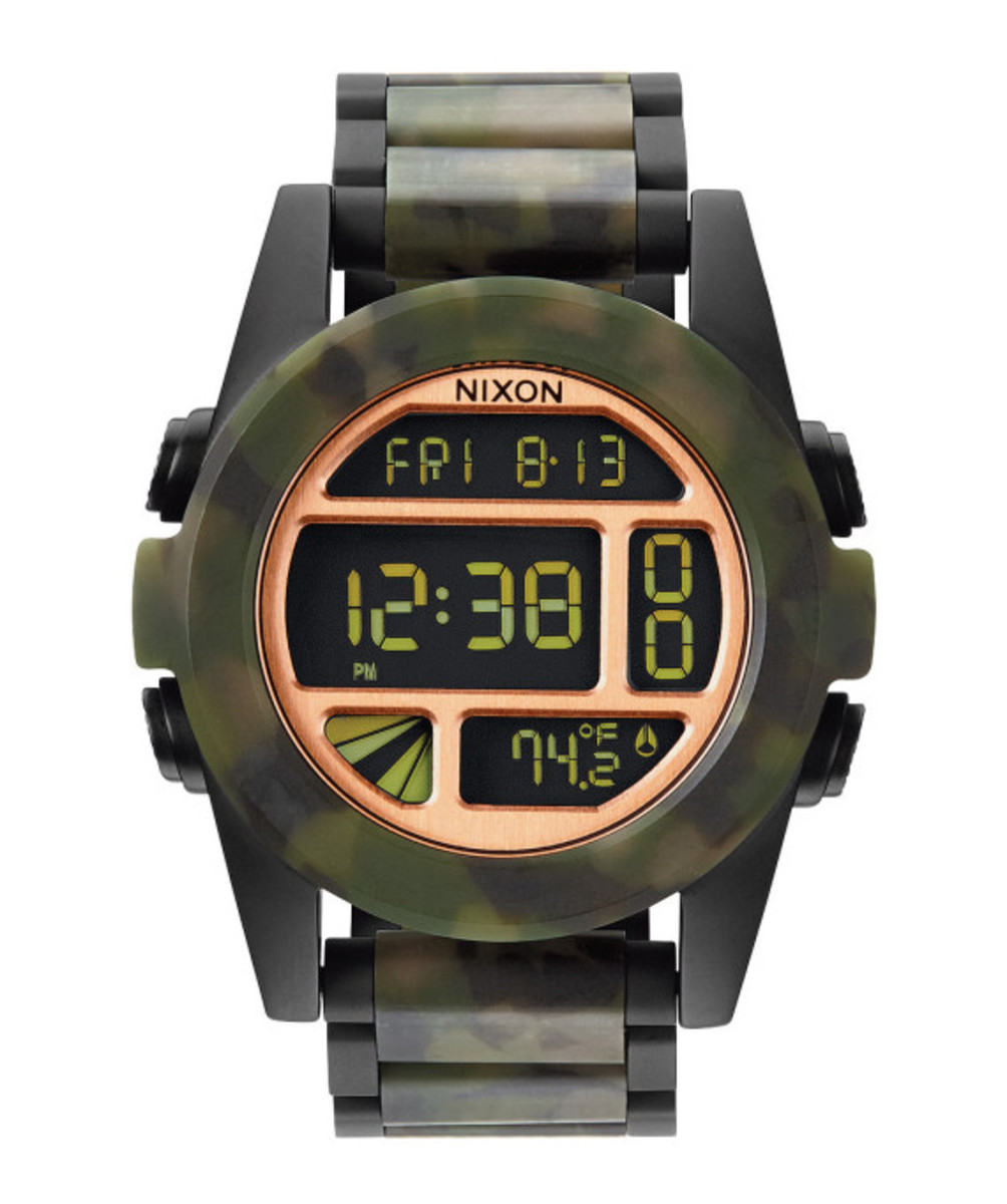 nixon-the-unit-ss-matte-black-camo-05