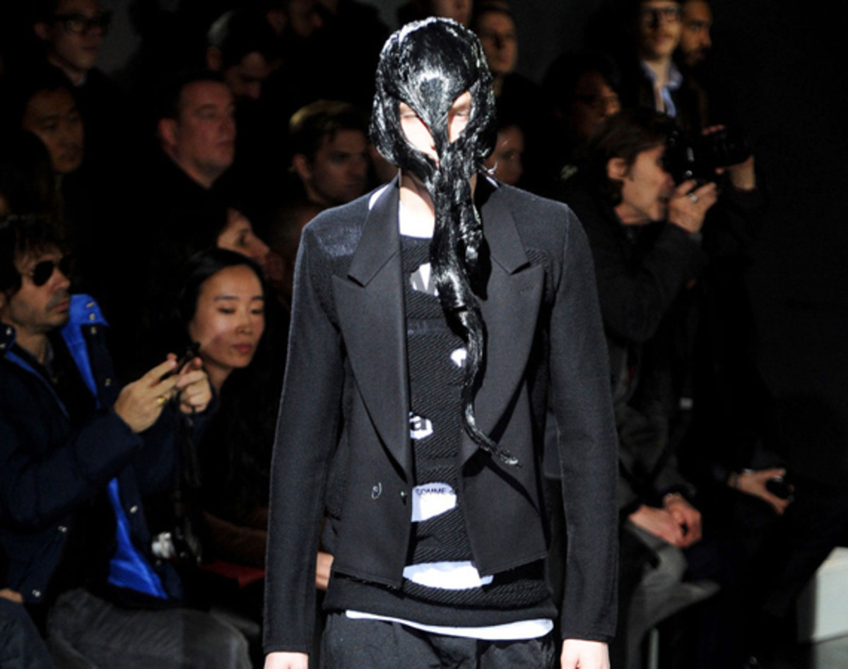 comme-des-garcons-fall-winter-2014-menswear-collection-00