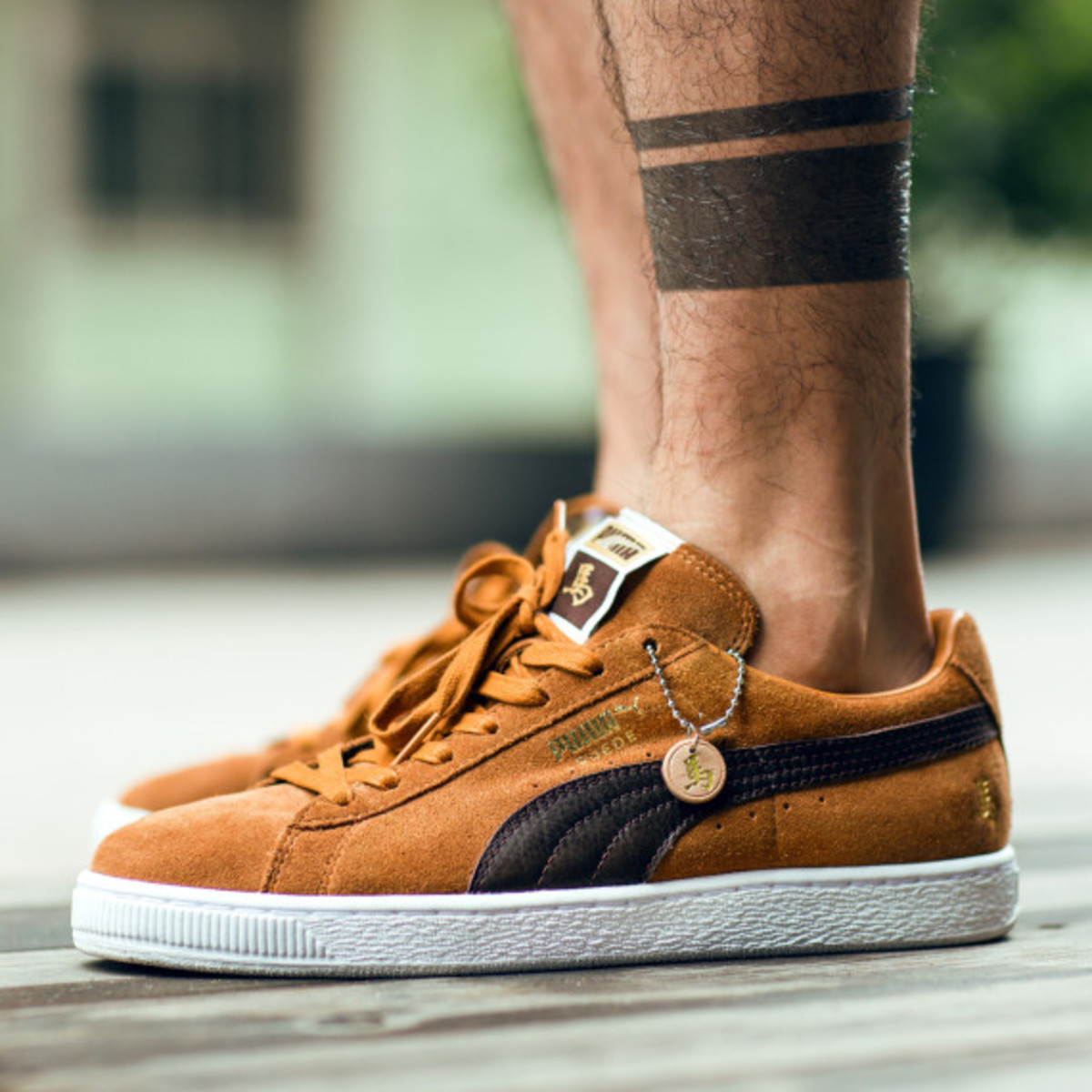 puma-suede-suede-mid-year-of-the-horse-yoth-cny-01