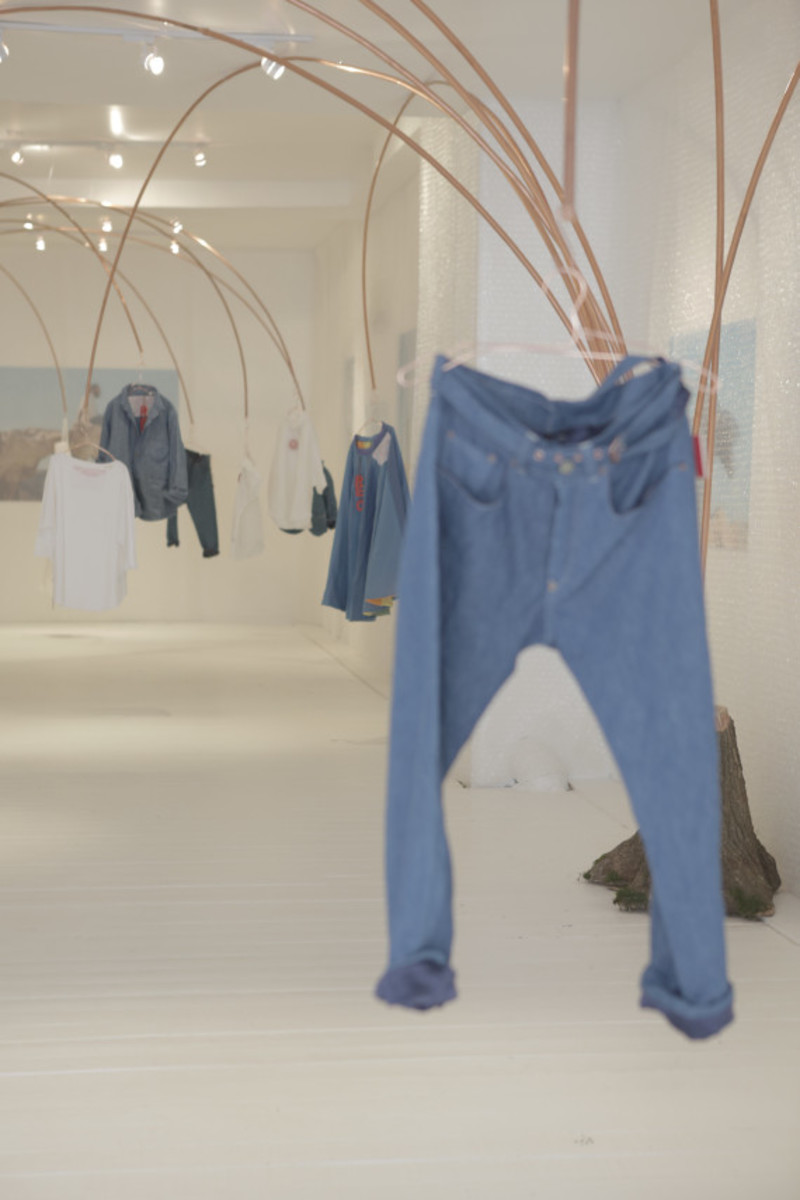 levis-red-pop-up-shop-new-york-city-14