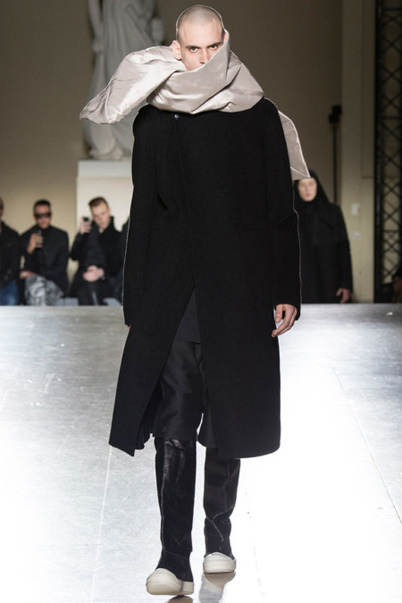 rick-owens-fall-winter-2014-menswear-collection-14