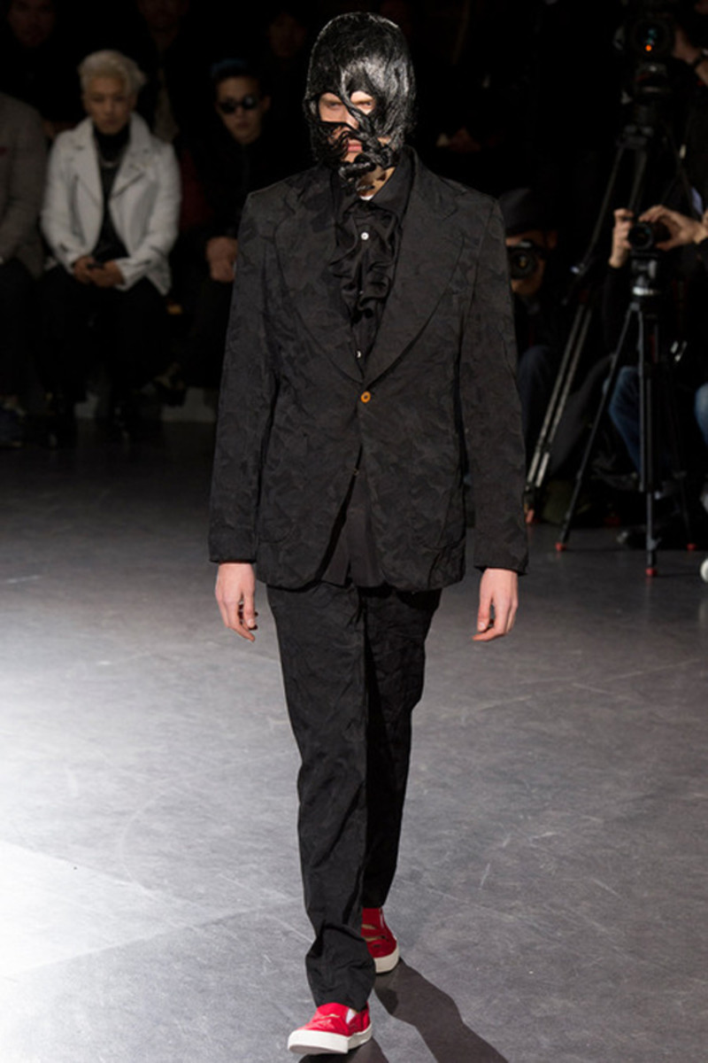 comme-des-garcons-fall-winter-2014-menswear-collection-09