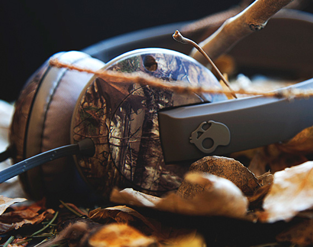 skullcandy-x-realtree-xtra-camouflage-headphones-earphones-collection-theotis-beasley-00