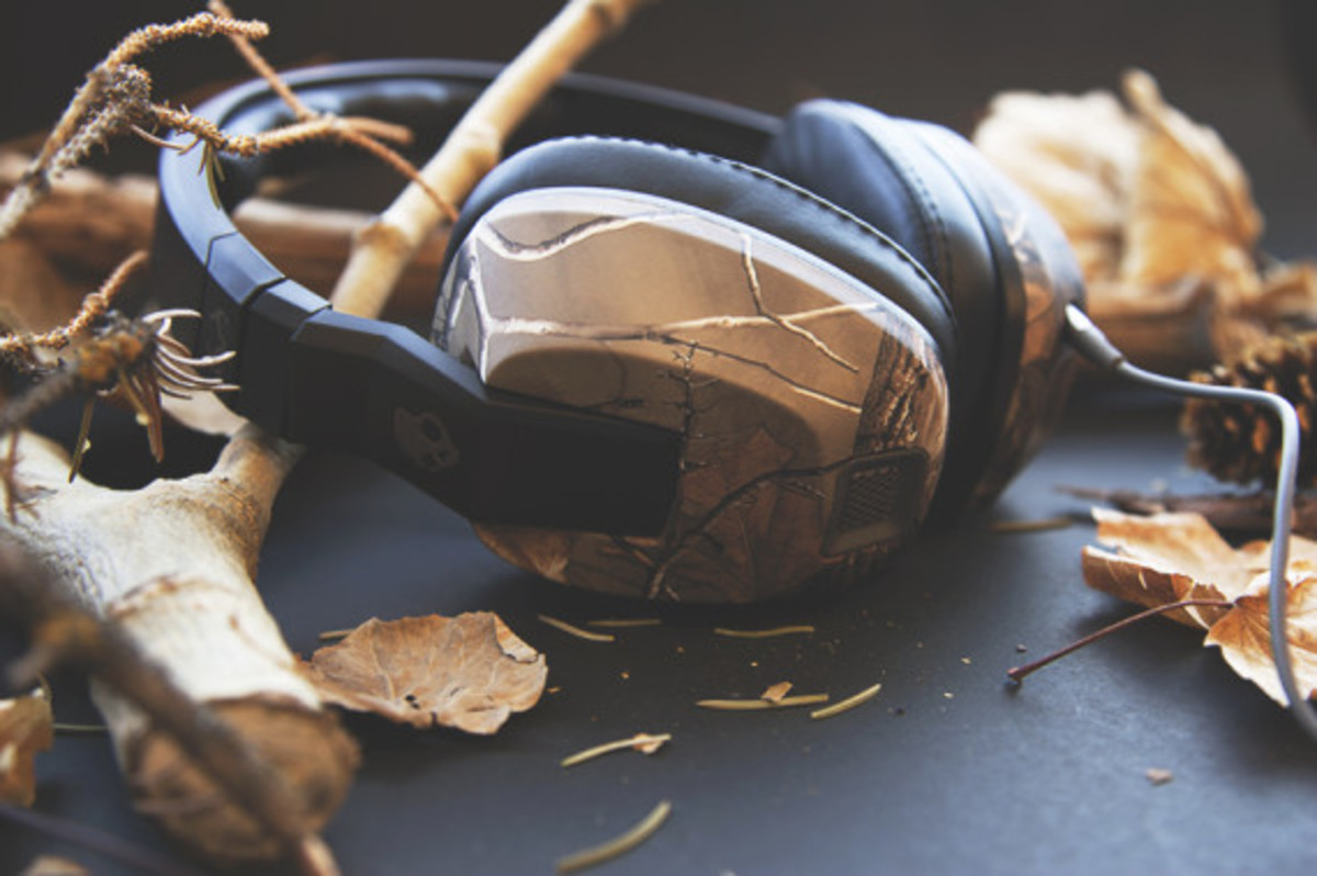 skullcandy-x-realtree-xtra-camouflage-headphones-earphones-collection-theotis-beasley-01