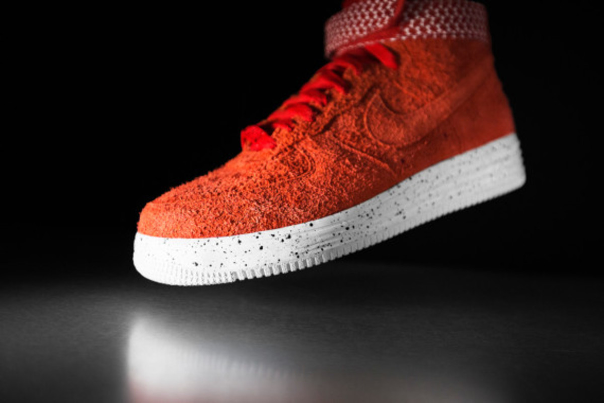 undefeated-nike-lunar-force-1-sp-02