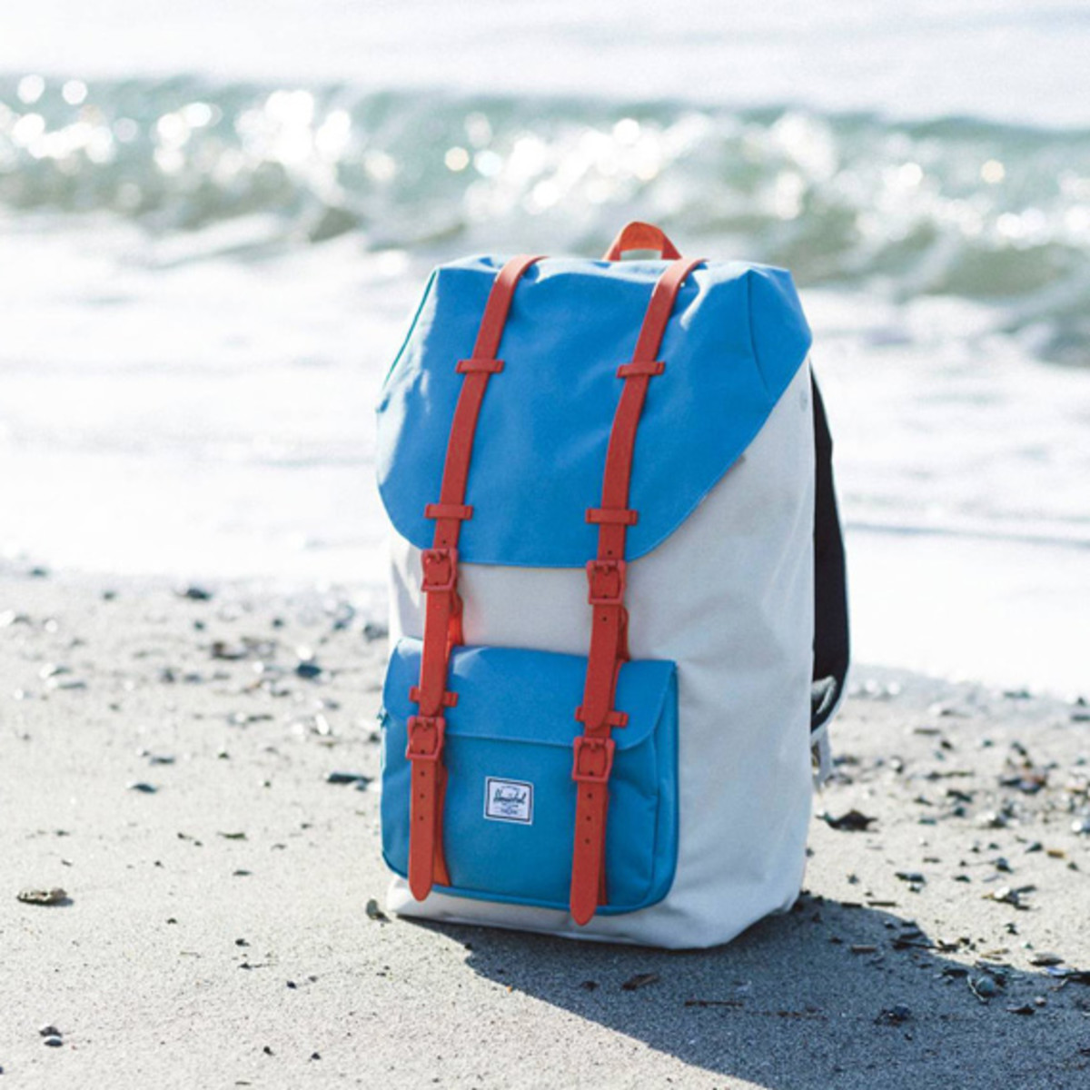 herschel-supply-co-x-kevin-butler-rad-cars-with-rad-surfboards-collection-01