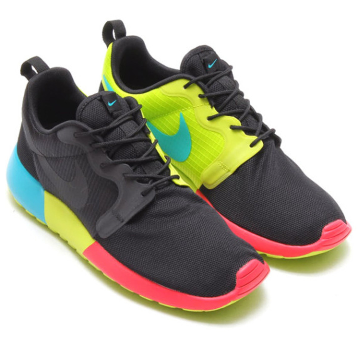 nike roshe run hyperfuse black venom green freshness mag. Black Bedroom Furniture Sets. Home Design Ideas