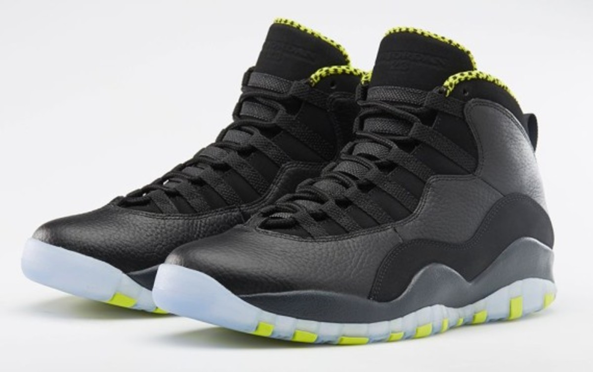 air-jordan-10-venom-green-release-reminder-03