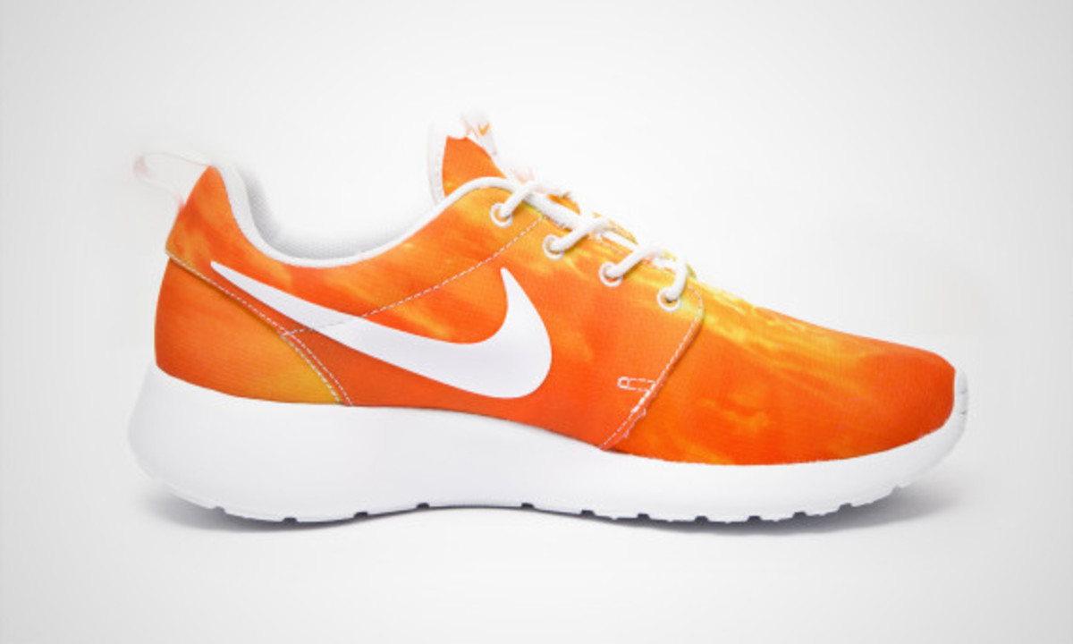nike-roshe-run-sunset-02