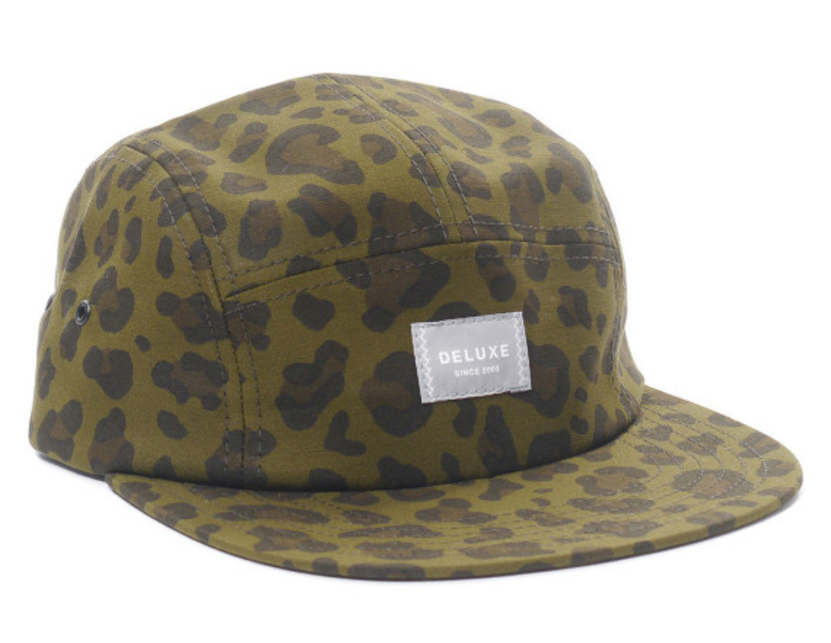 deluxe-leopard-five-panel-caps-05