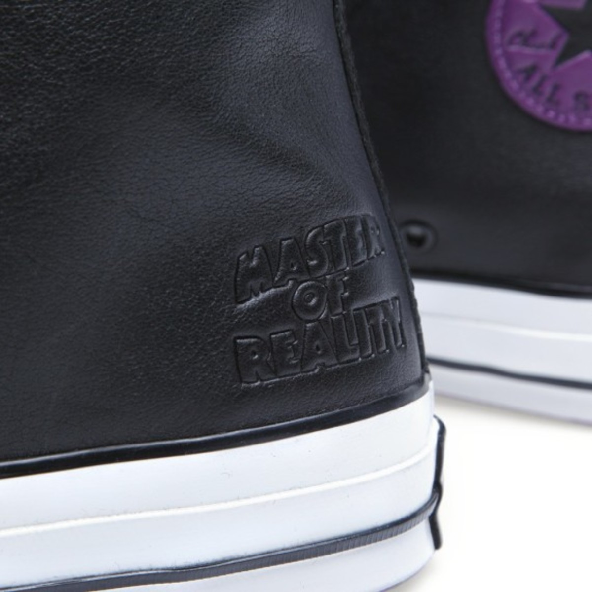 black-sabbath-converse-chuck-taylor-all-star-70s-master-of-reality-06