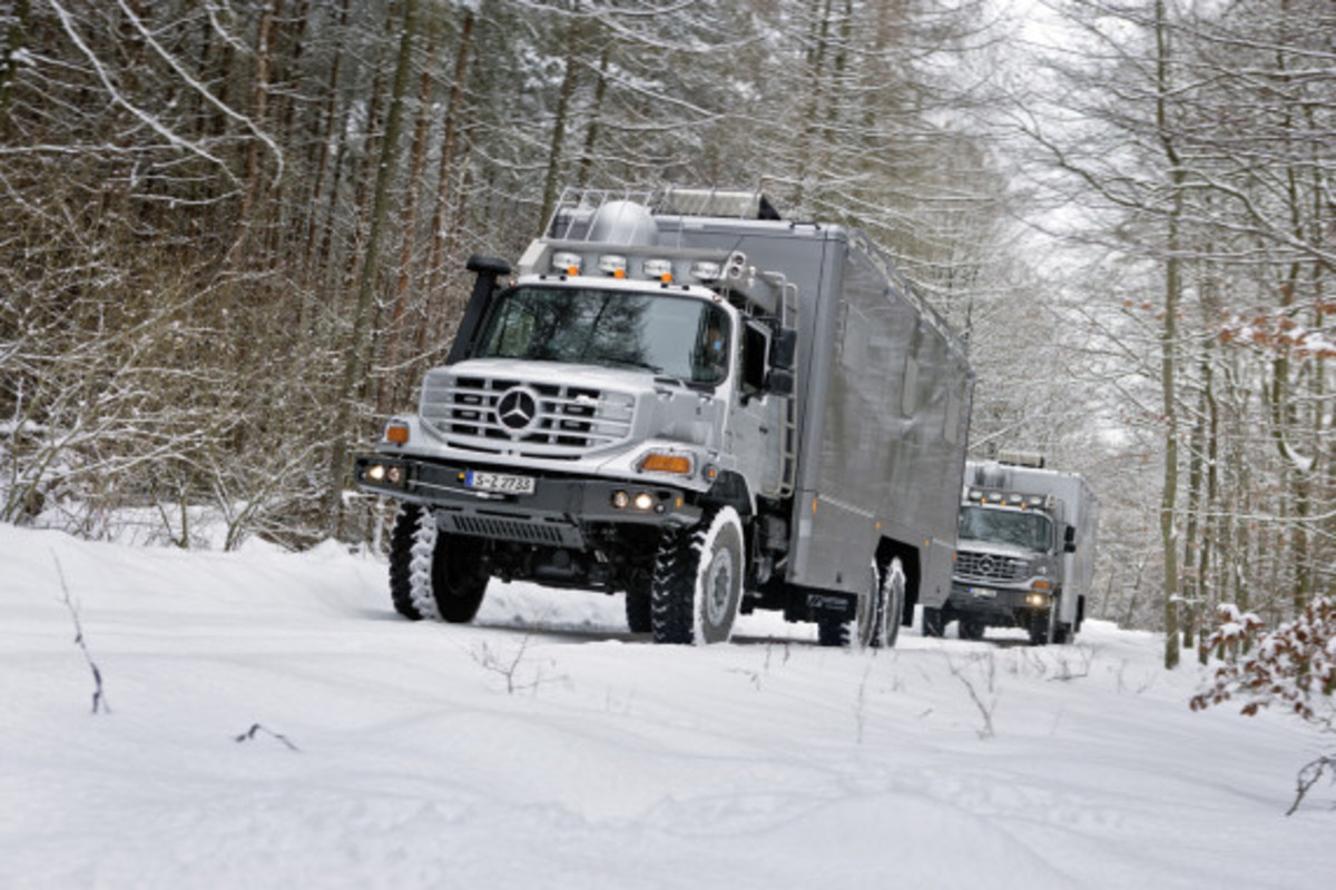mercedes-benz-zetros-6-x-6-vehicle-02