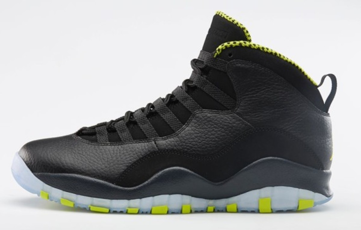 air-jordan-10-venom-green-release-reminder-02