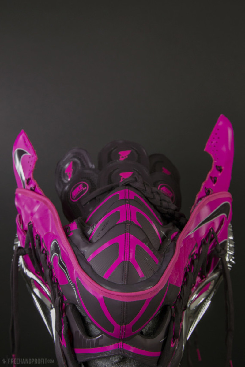 freehand-profit-jet-nike-superfly-r4-track-cleat-mask-11